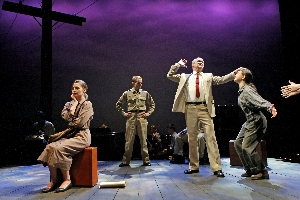 Violet, a Theater Latt Da production at The Guthrie Theater